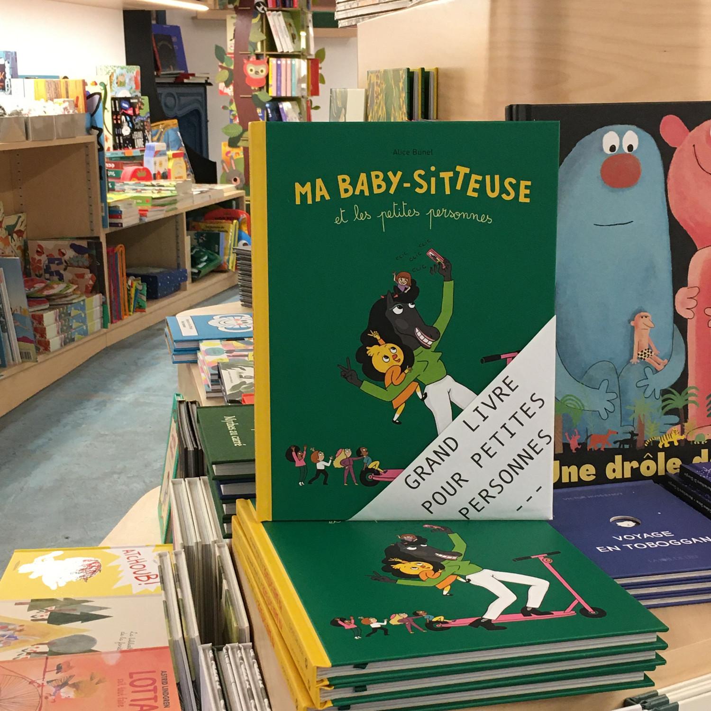 Grands livres pour petites personnes #12 - Ma baby-sitteuse et les petites personnes