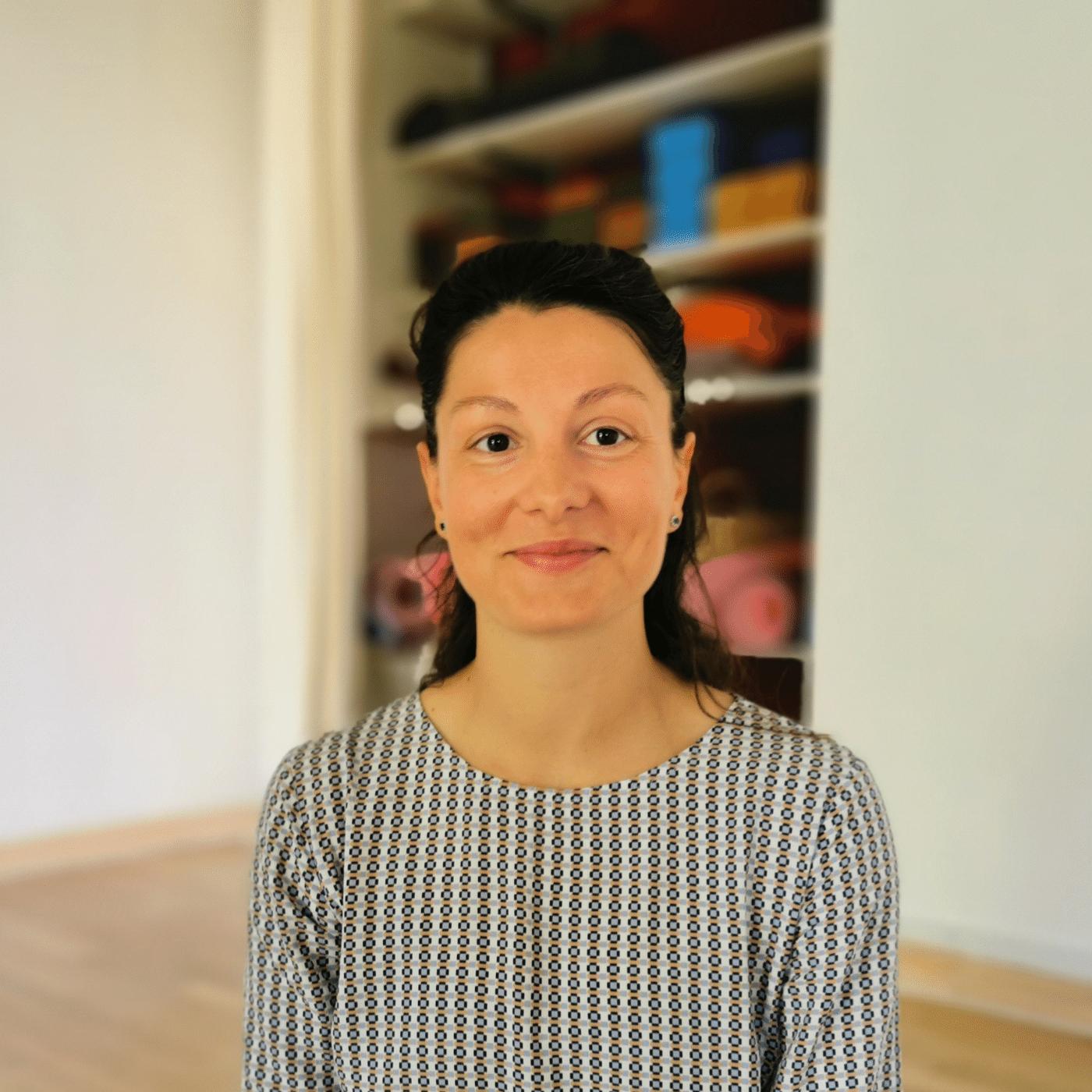 Lavinia-Elise Parcalab - Prof. de yoga et coach en développement personnel