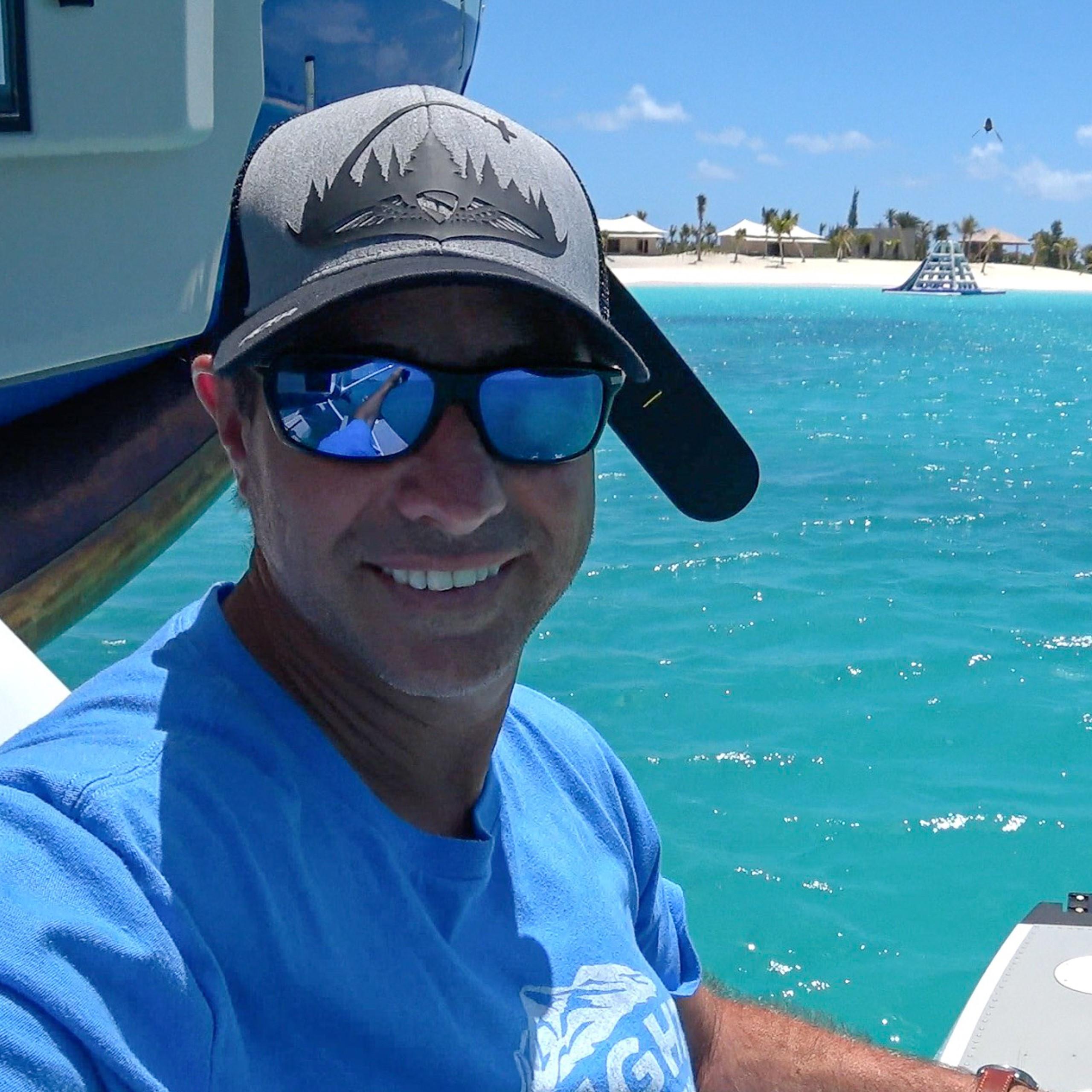 Deon Mitton, Floatplane pilot, Bush pilot, Photographer