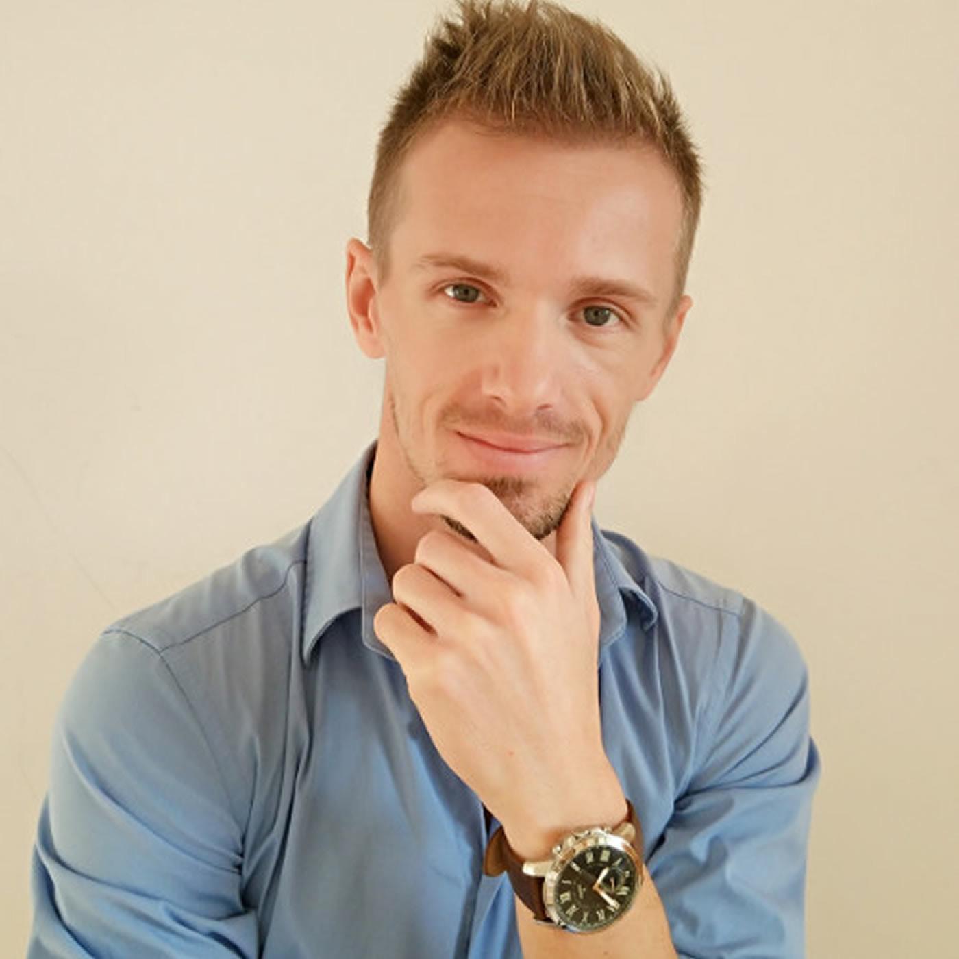 #23 - Julien Psychologue et Coach de résultat pour les particuliers et professionnels
