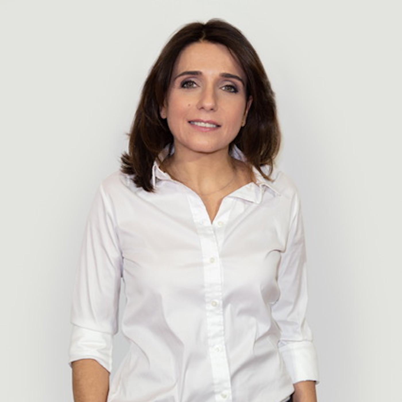 """#9: Anne-Cécile Sarfati: D'avocate à Rédactrice en chef du magazine """"Elle"""""""