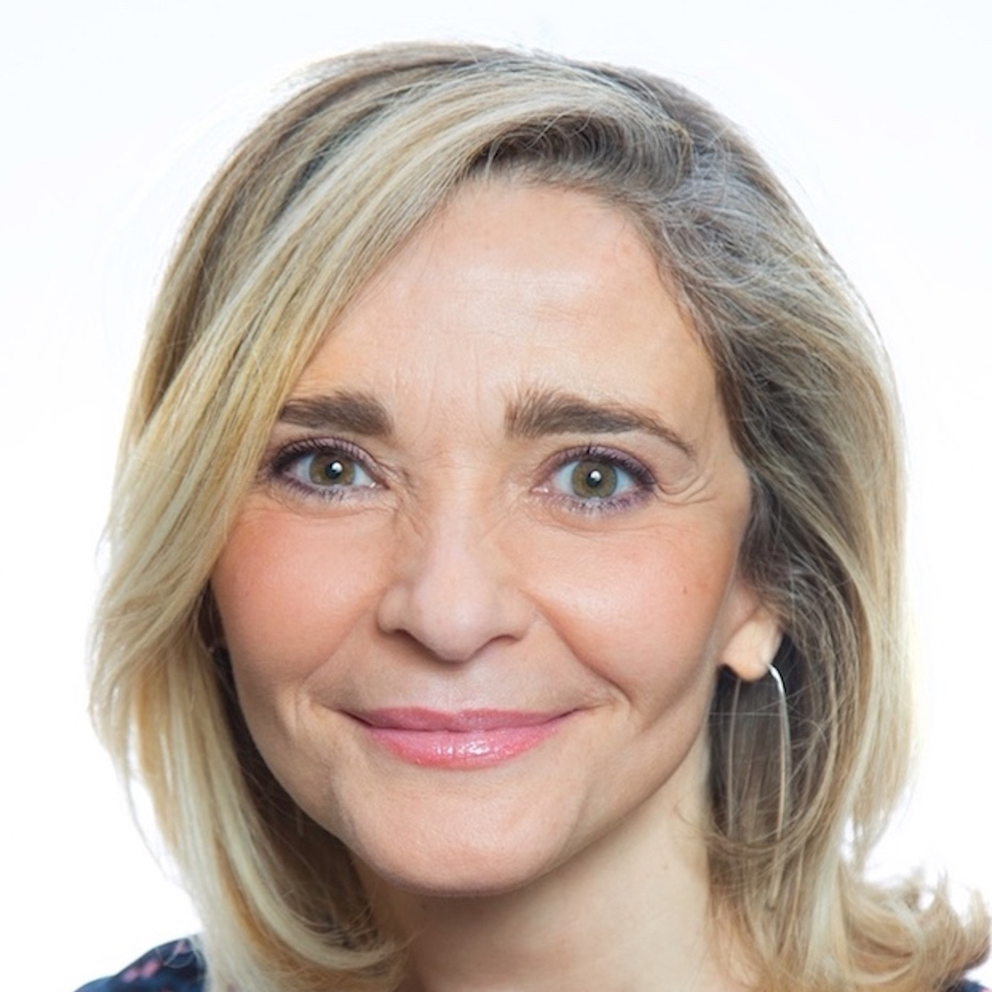#6 Saison 3-Nathalie Andrieux: Maman de 4 enfants, DG de grands groupes à CEO de start-up, itinéraire d'une battante