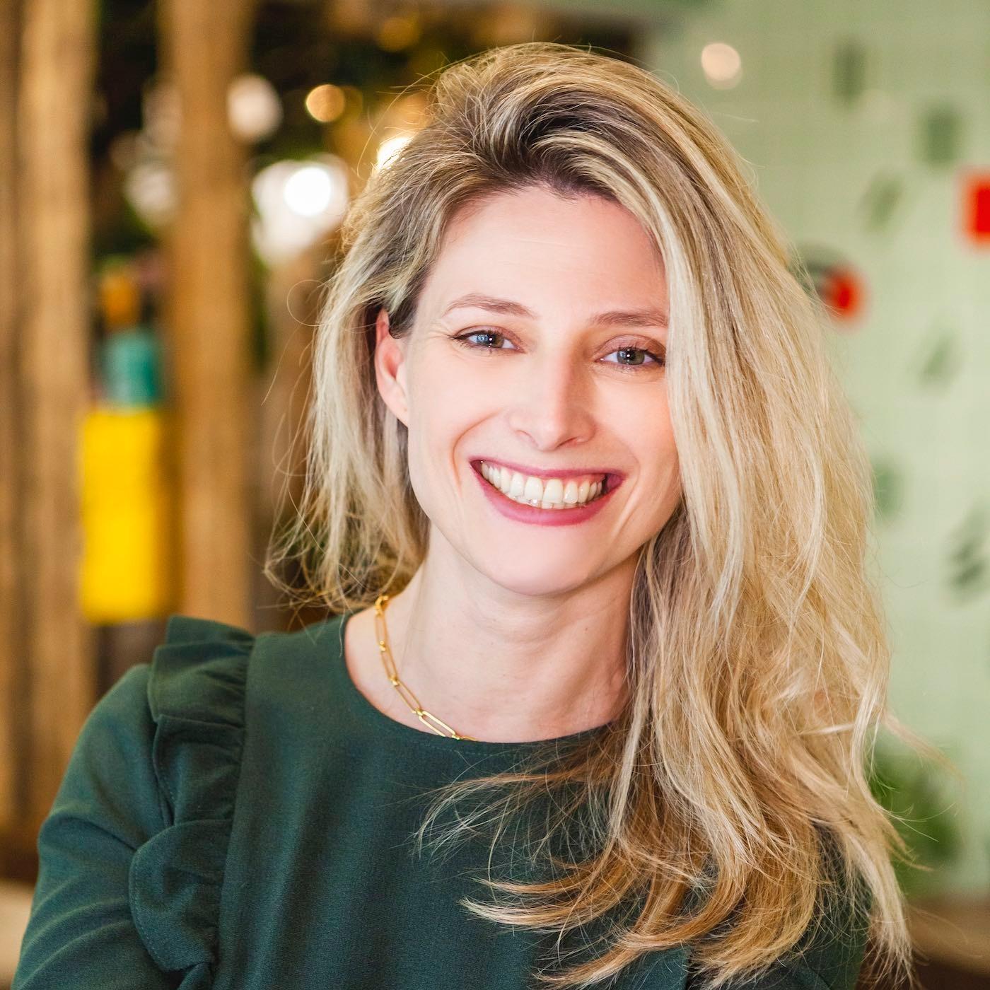 #2 Saison 4- Isabelle Rabier CEO de JOLIMOI: 3 enfants et 2 entreprises en 8 ans