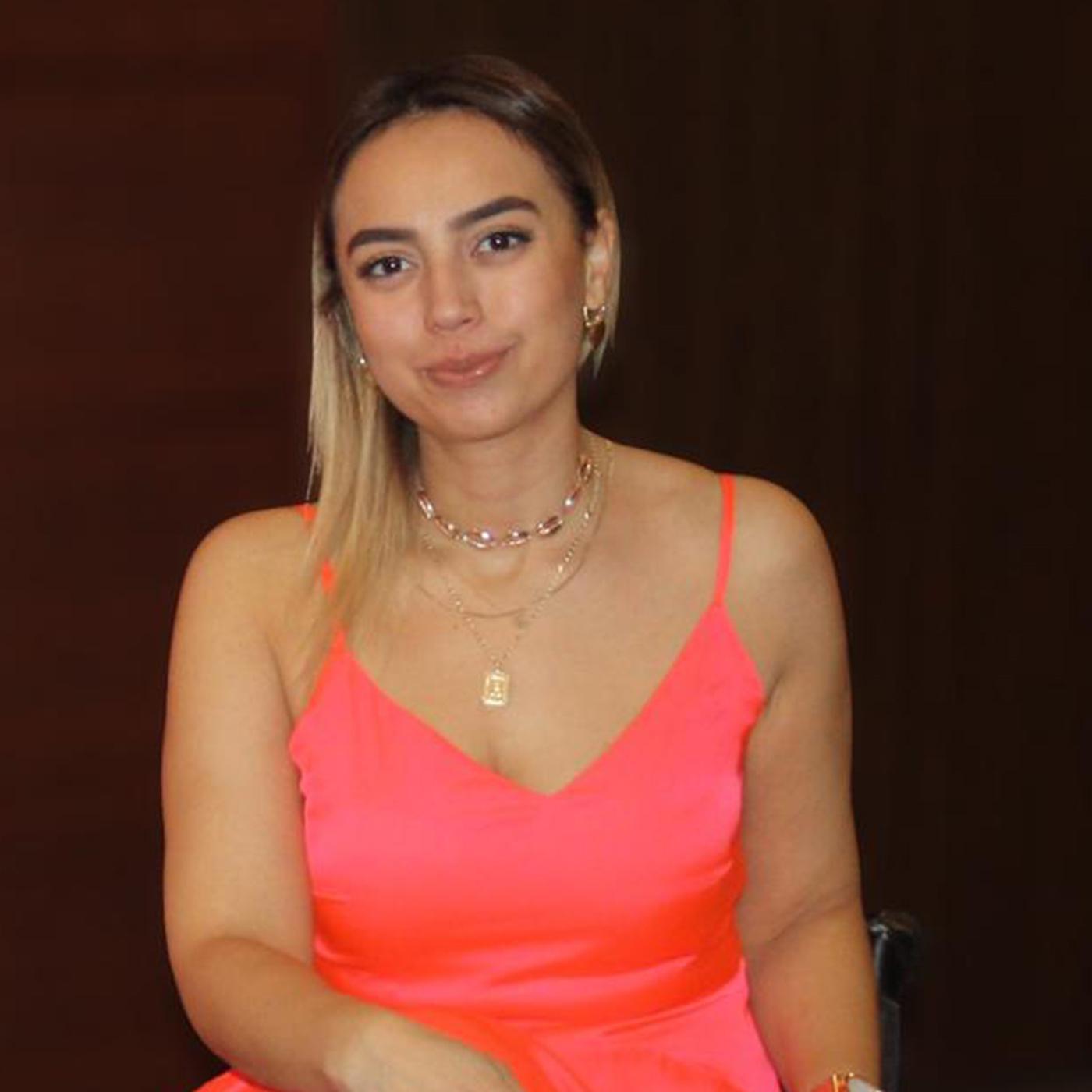 Hale Yıldız -  -  Kadın Girişimci - Engelli Aktivist