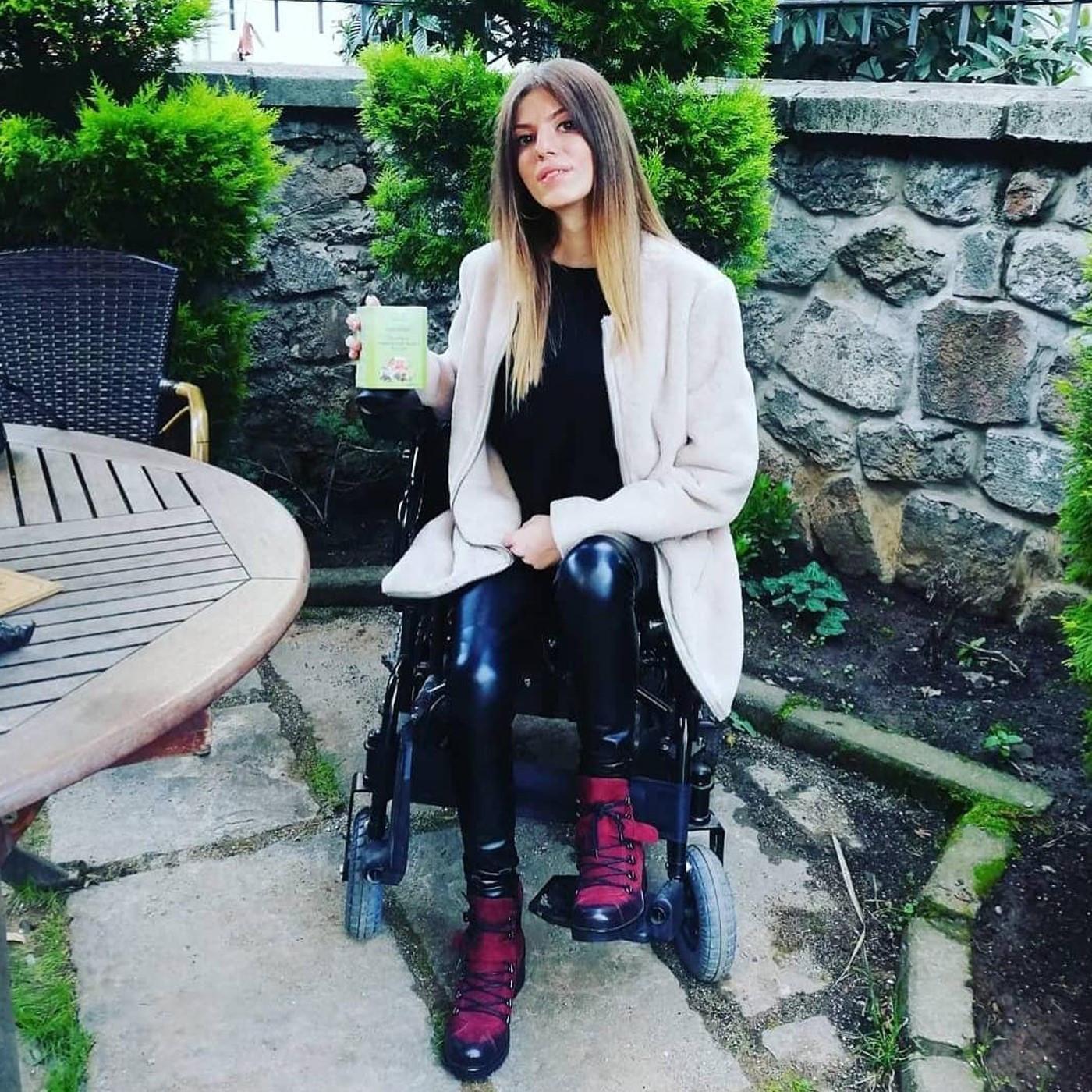 Seda Yeşilyurt - Engelli İş İnsanı