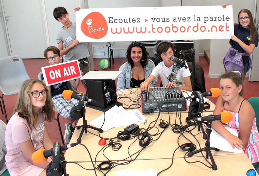 Stage radio estival avec les jeunes du centre social et culturel de Saint-Médard-en-Jalles !